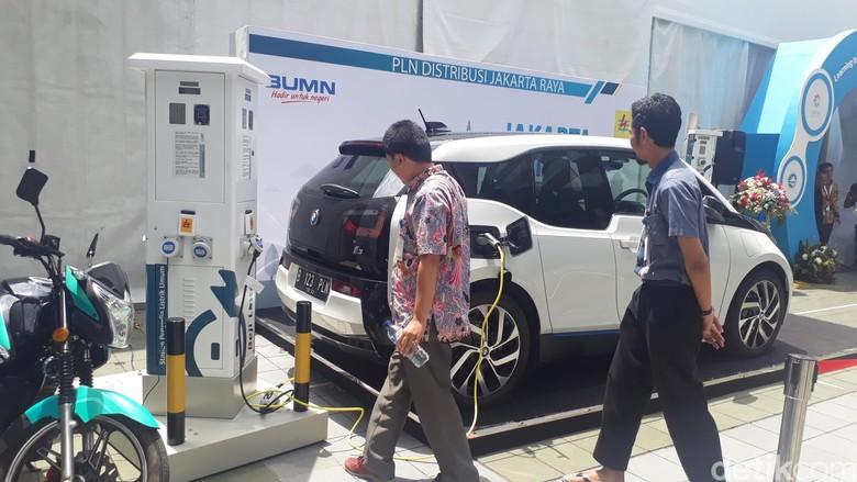 Mobil listrik hingga motor listrik di Pameran Inovasi PLN (Foto: Fadhly Fauzi Rachman/detikFinance)
