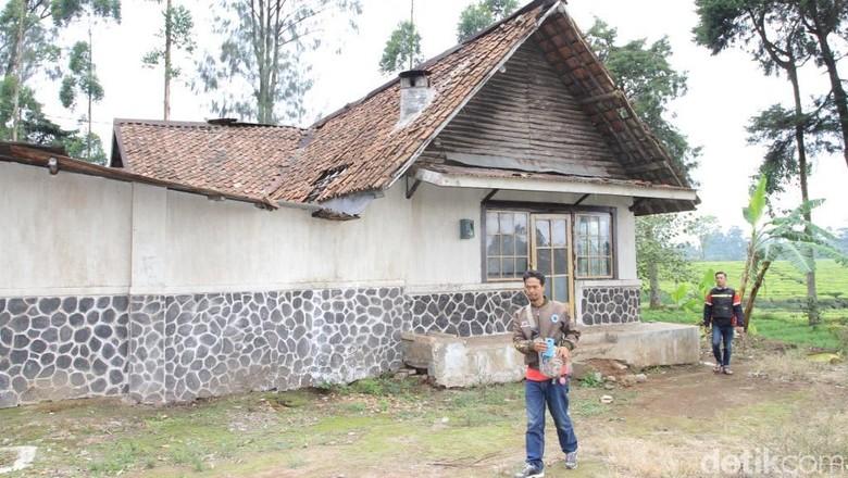 Foto: Rumah lokasi syuting Pengabdi Setan di Bandung (Wisma Putra/detikTravel)
