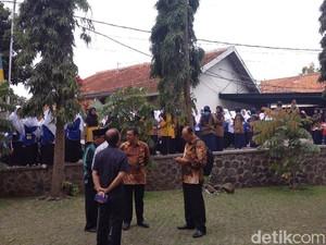 Ribuan Santri Darul Arqam Garut Bersiap Sambut Presiden Jokowi