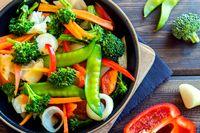 Mau Jadi Vegetarian seperti Mo Sidik? Ini Saran Ahli Gizi