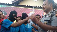 Pecah Kaya Mobil Pakai Cincin Modus Baru di Cirebon