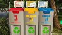 Akses untuk fasilitas kebersihan juga mencukupi dengan banyaknya tempat sampah yang telah disediakan.