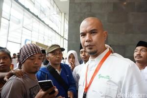 Cibir Nikahan Kahiyang Lalu Ucapkan HUT ke Fahri, Ahmad Dhani Terus Diserang