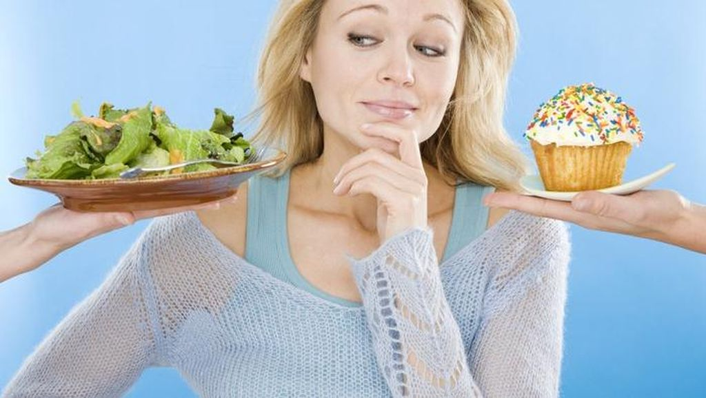 Sedang Diet? Ikuti 5 Saran dari Pakar Nutrisi Untuk Siasati Makan Malam