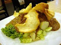 Makan Siang Sehat dengan Gado-gado yang Renyah Segar di Sini