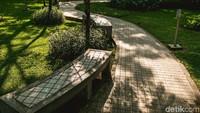 Taman Potret bisa menjadi tempat bagi mereka yang mencari suasana nyaman, asri, atau hanya untuk sekadar bersantai di tengah kota.