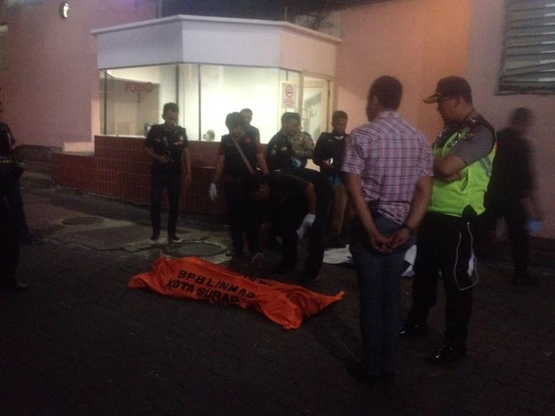 Pria yang Jatuh dari Lantai 5 Tunjungan Plaza 1 Diduga Bunuh Diri