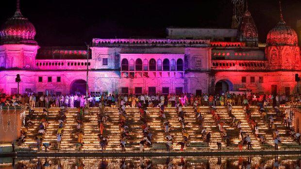 Selain Waisak di Borobudur, Ini Aneka Festival Lampion di Asia