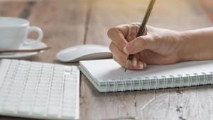 Biar Lega, Yuk Tumpahkan Isi Kepala dan Hati Lewat Tulisan