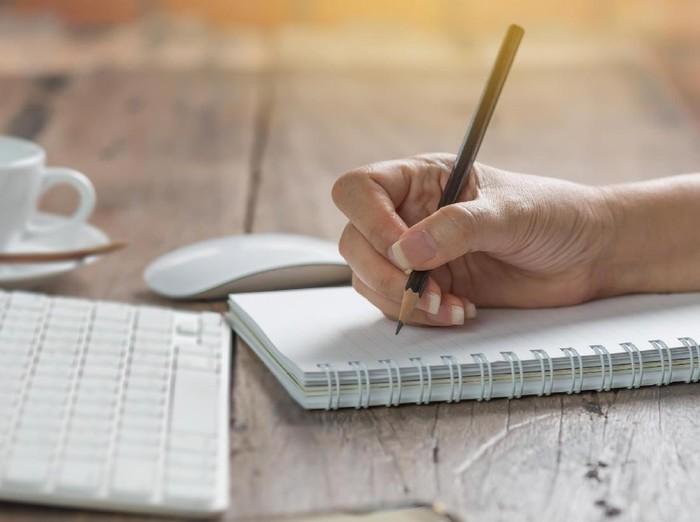 Menulis Artikel Pendek Dapat Semudah 1-2-3