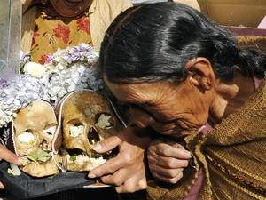 7 Negara yang Merayakan Kematian