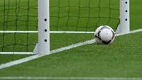 Viral Suporter Tim Tamu Dikandangin di Laga Bola