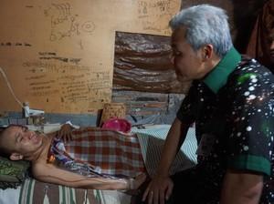 Gerakan Peduli Tetangga, Warga Sakit di Jateng akan Dijemput