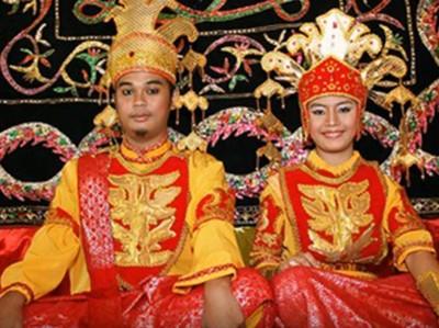 Tradisi Pernikahan Tak Biasa di Malaysia: Tak Boleh Pipis 3 Hari
