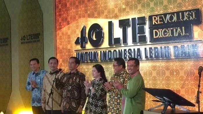 Jokowi saat pertama kali meluncurkan 4G. Foto: detikINET/Achmad Rouzni Noor II