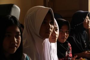 Melihat Kisah Anak-anak Desa Cimenyan Jawa Barat