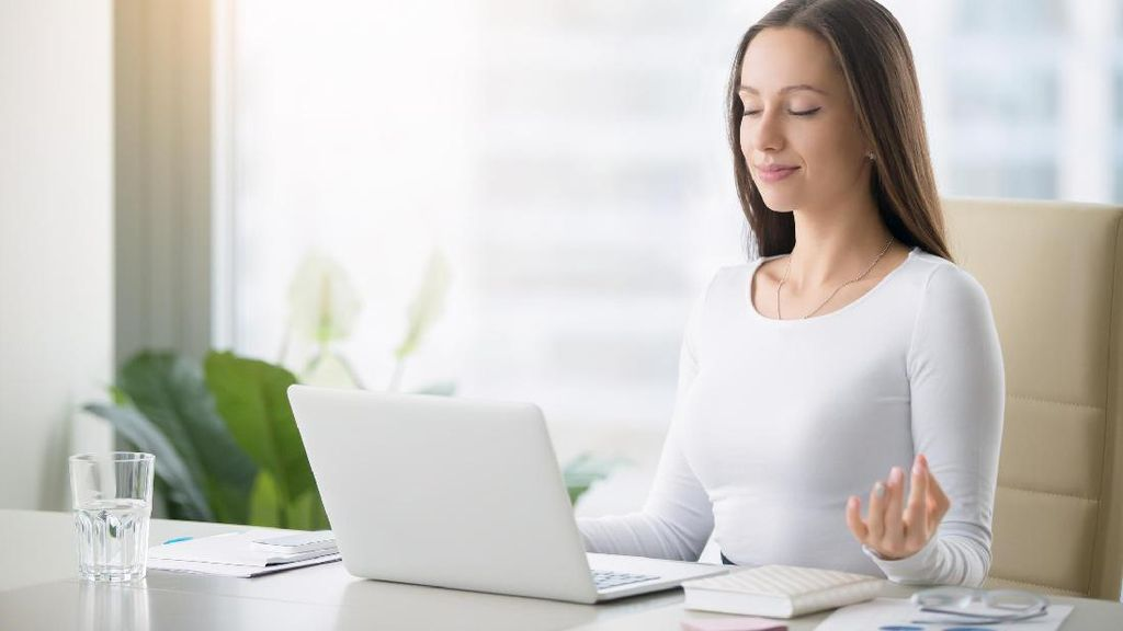 Tips Agar Kerja Lebih Semangat & Produktif Setelah Libur Panjang