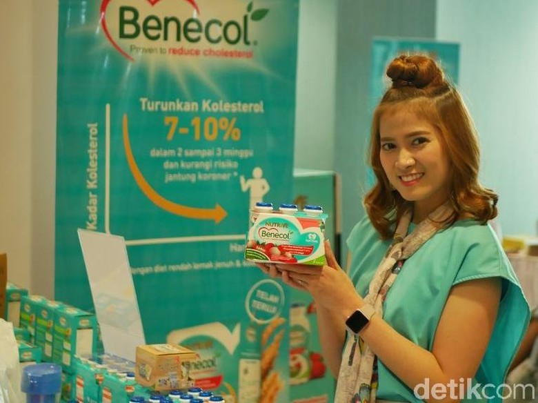 Chika Jessica Imbau Keluarga Jauhi Kolesterol Tinggi