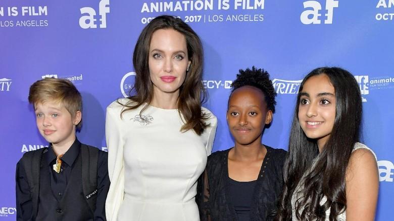 Alasan Angelina Jolie Tak Undang Brad Pitt Saat Ultah Anak/Foto: Getty Images