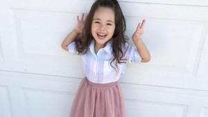 Elle, si Anak Stylish yang Menggemaskan!