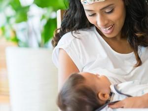 Anak Umur 2 Tahun Lebih Masih Menyusu, Ada Nggak Sih Efeknya?