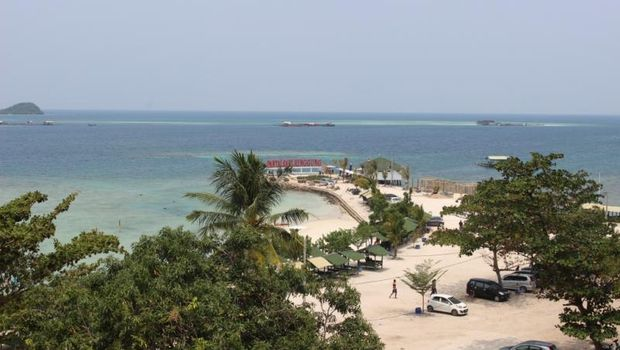 Pantai Sari Ringgung di Lampung