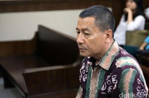 Hakim Kelelahan, Vonis Eks Atase Imigrasi KBRI Kuala Lumpur Ditunda