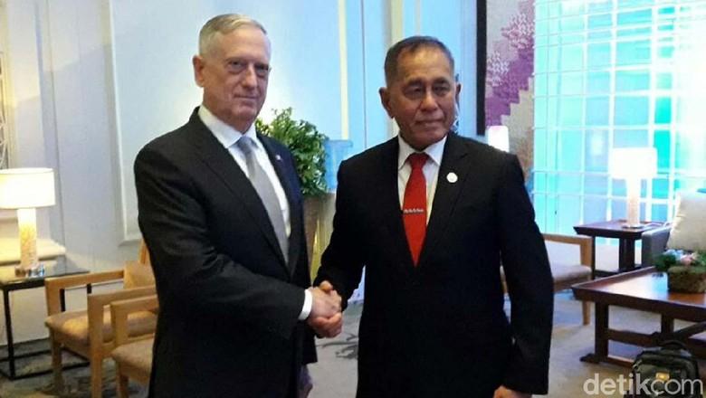 Soal Insiden Panglima TNI, Menhan AS Minta Maaf