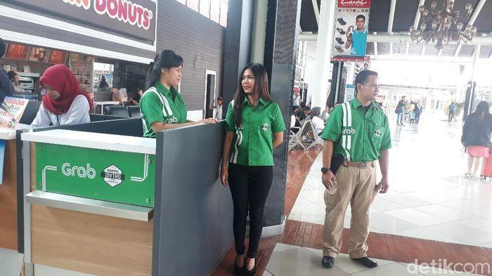 Begini Cara Pesan Taksi Online Di Area Khusus Bandara Soekarno Hatta