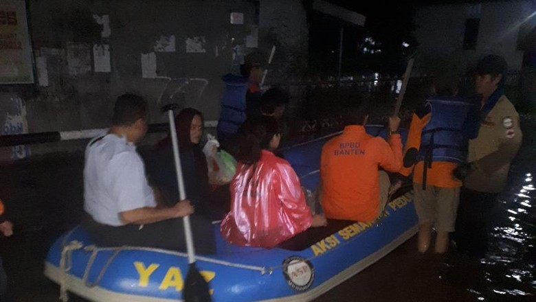 Banjir Rendam 3 Kompleks di Kota Tangsel
