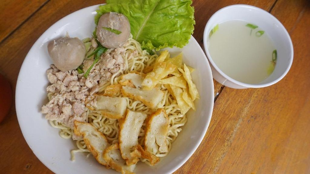 Bisa Belanja Sambil Wisata Kuliner di 5 Pasar Ini