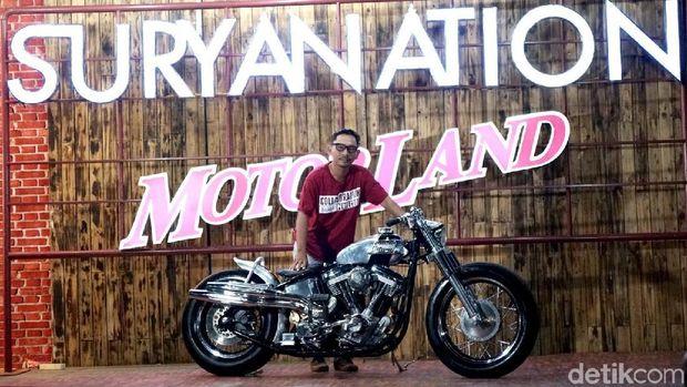 Harley Softail Perak Juara di Suryanation Motorland Bali