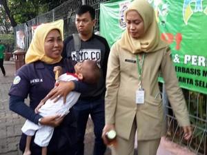 Dinsos Selamatkan Balita dengan Gizi Buruk yang Terlantar di Jaksel