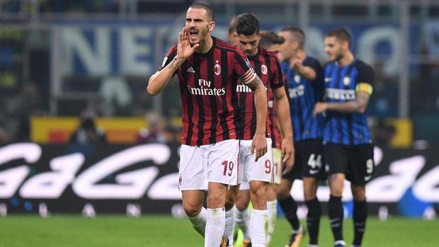 AC Milan meraih catatan sepuluh laga tanpa kalah di musim 2017/2018.