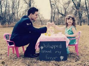 Romantis! Saat Ayah dan Putrinya Nge-date