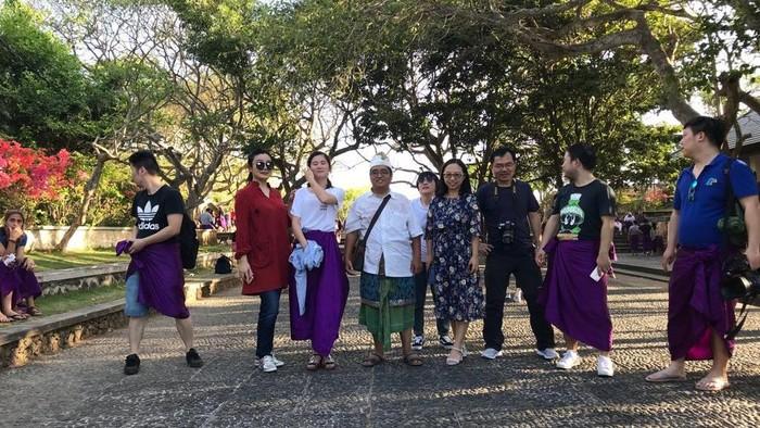 Turis China di Bali