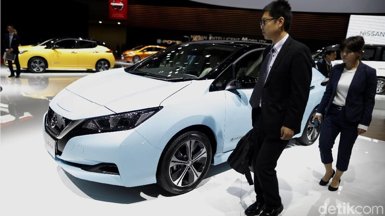 Mobil listrik Nissan Leaf (Foto: Dikhy Sasra)