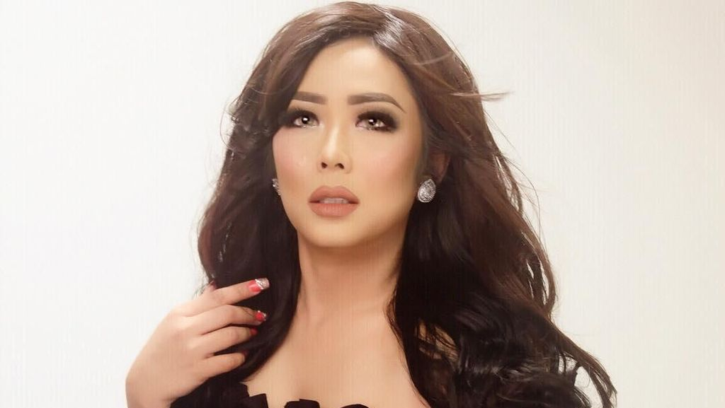 Foto: Penampilan Soimah Tanpa Makeup yang Bikin Pangling