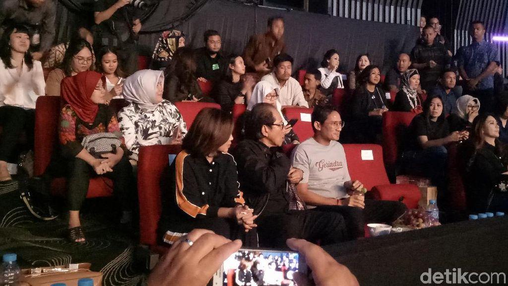 Sandiaga dan Agus Yudhoyono Nonton Bareng Konser Ari Lasso