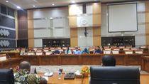 Mahasiswa Mengadu ke DPR soal Demo 3 Tahun Jokowi-JK