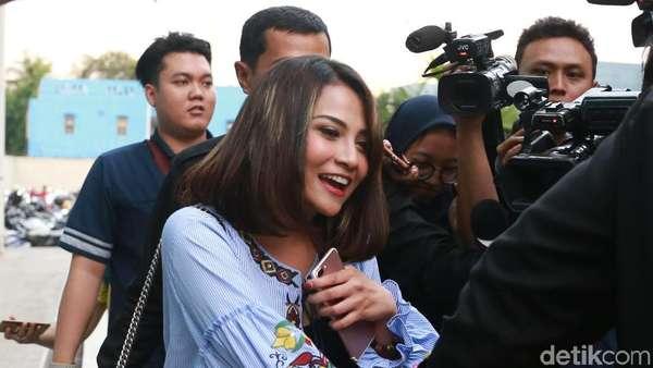 Vanessa Angel Bicara soal Batal Nikah dengan Didi Soekarno