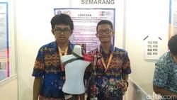 Indonesia Science Expo 2017 menampilkan banyak karya terbaik anak-anak sekolah menengah. Di antaranya, berkaitan dengan dunia kesehatan.
