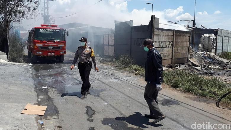 Kebakaran Gudang di Kosambi, Ada Korban Tewas karena Terjebak