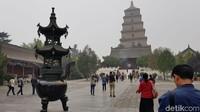 Awalnya pagoda ini hanya memiliki lima tingkat, tapi diperluas hingga tingkat tujuh. Pagoda ini pun menyimpan kisah perjalanan Biksu Tong ke Barat (Elvan/detikTravel)