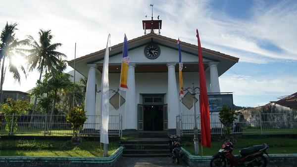 Gereja ini bernama Gereja Tua. Berada di Desa Nusantara, Pulau Banda neira, Maluku Tengah (Syanti/detikTravel)