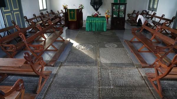 Gereja ini dibangun pada tanggal 20 April 1873, dan diresmikan pemakaiannya oleh dua pendeta Maurits Lantzius dan John Hoeke pada 23 Mei 1875 (Syanti/detikTravel)