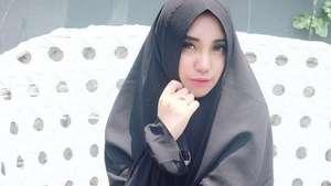 Reva Mustafa Kekasih Katon Bagaskara, Putri Sunan Kalijaga Pilih Nikah Muda