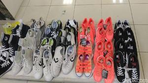 Sepatu yang Didiskon Stok Lama, Pembeli di Lotus Thamrin Kecewa