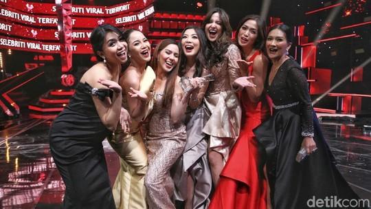 Centilnya Girls Squad di Insert Award 14th Anniversary