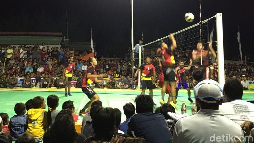 Begini Keseruan Turnamen Bola Voli Karang Taruna Cup